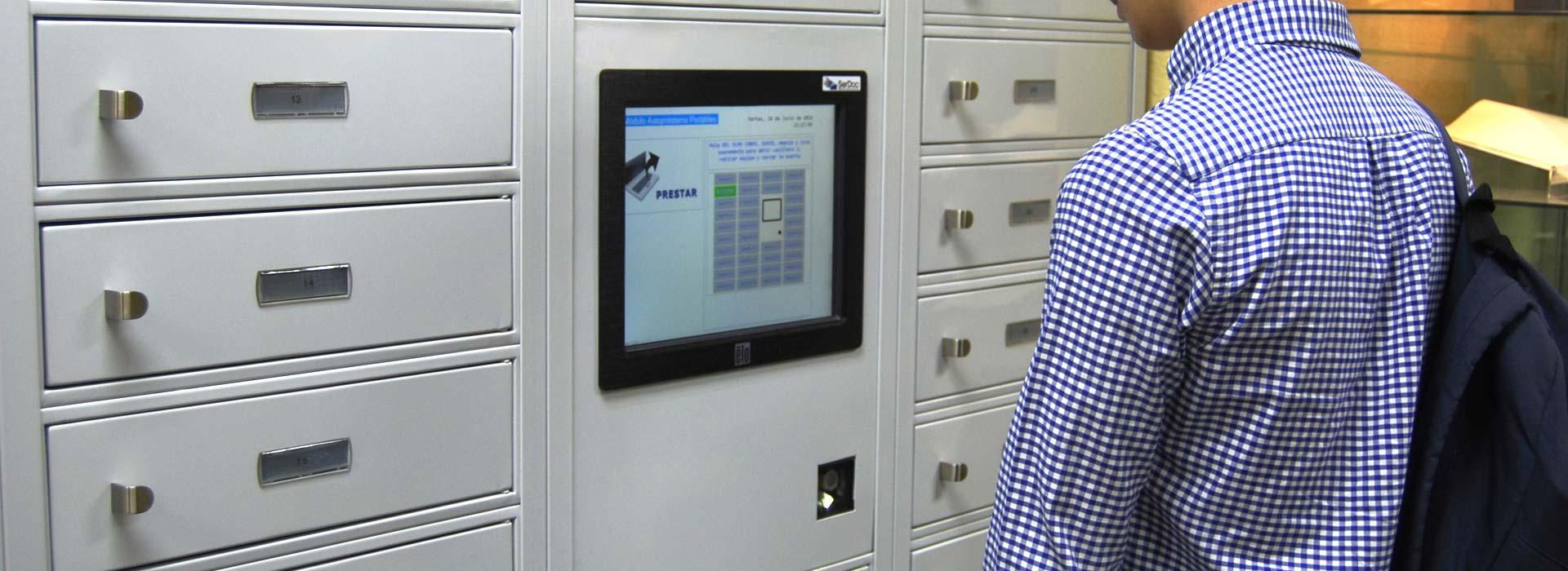 Autopréstamo de portátiles en la UPM por SerDoc